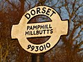 Pamphill, Hillbutts finger-post detail - geograph.org.uk - 1741444.jpg