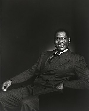 Nederlands: Paul Robeson in 1938; foto Yousuf ...