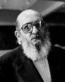 Paulo Freire 1977.jpg
