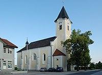 Pfarrkirche Arnreit Außen 01.jpg