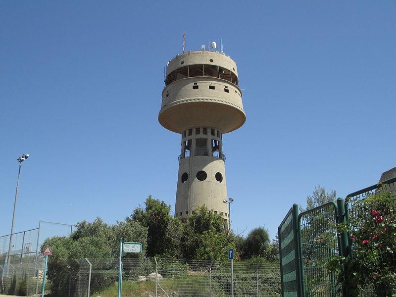 מגדל המסעדה המסתובבת במגדל העמק