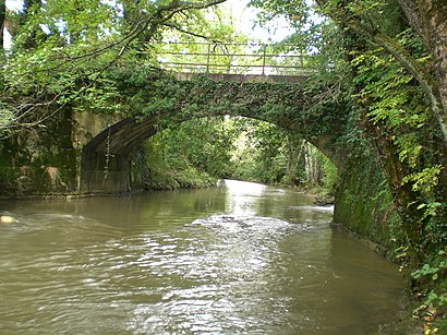 How to get to Pont Du Moulin Fabry with public transit - About the place