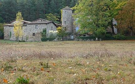 Prades, Ardèche, France. Chateau de Montseveny 01.jpg