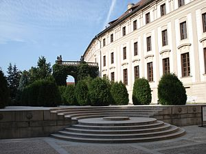 Fourth courtyard of Prague Castle - The courtyard in 2006