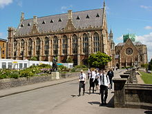 Clifton College - Wikipedia