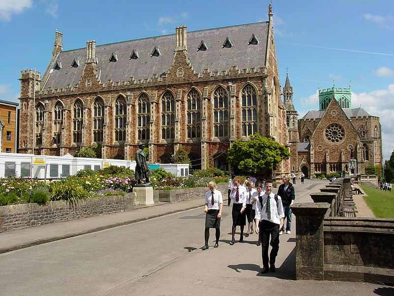 File:Public School and Students - Bristol - England.jpg