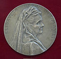 Queen Elisabeth of Romania medal.jpg