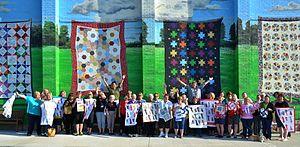 Hamilton, Missouri - Image: Quilt Mural