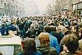 Rákóczi út az Astoria felé nézve. A romániai forradalom győzelmének hírére összegyűlt emberek. Fortepan 74155.jpg