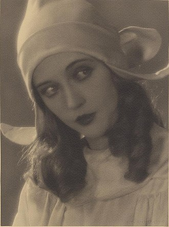The Red Mill (film) - Davies photographed by Ruth Harriet Louise for the film