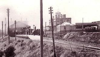 Reading railway station - Great Western Railway station (right), South Eastern Railway station (left) in 1865