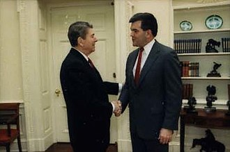 Tom Ridge - Ridge with President Ronald Reagan in 1988