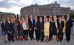 English: Reinfeldt Cabinet 2010 Svenska: Nyutn...