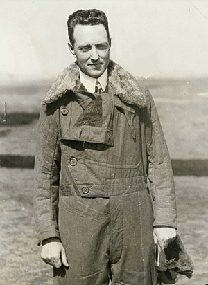 Flight jacket - Richard Byrd in flight jacket, 1920s