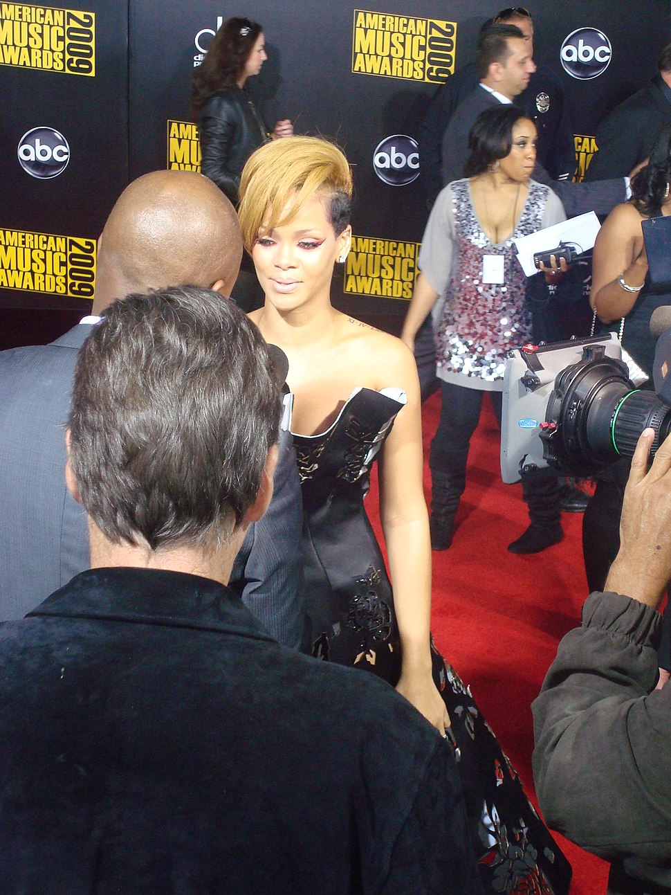 Rihanna 2009 AMA 4