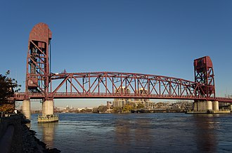 Roosevelt Island Bridge - Roosevelt Island Bridge as viewed from the south on Roosevelt Island