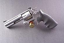 Una S&W 686 in calibro 357 magnum
