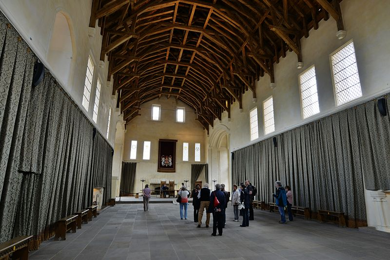 Fitxategi:STIRLING CASTLE Great Hall interior view.JPG
