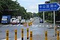 SZ 深圳 Shenzhen 南山 Nanshan 中山園路 Zhongshanyuan Road July 2017 IX1 crossway yellow poles n blue sign.jpg