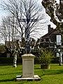 Saint-Pierre-d'Eyraud croix.JPG
