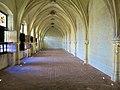 Salle médiévale à St-Gatien-de Tours.jpg
