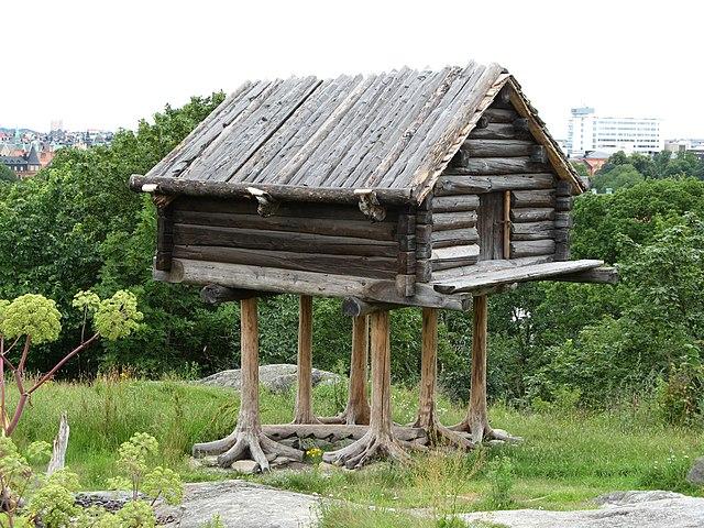File sami wikimedia commons Log cabin homes on stilts