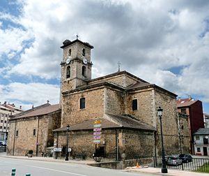 San Leonardo de Yagüe - Church of San Leonardo Abad (17th century)