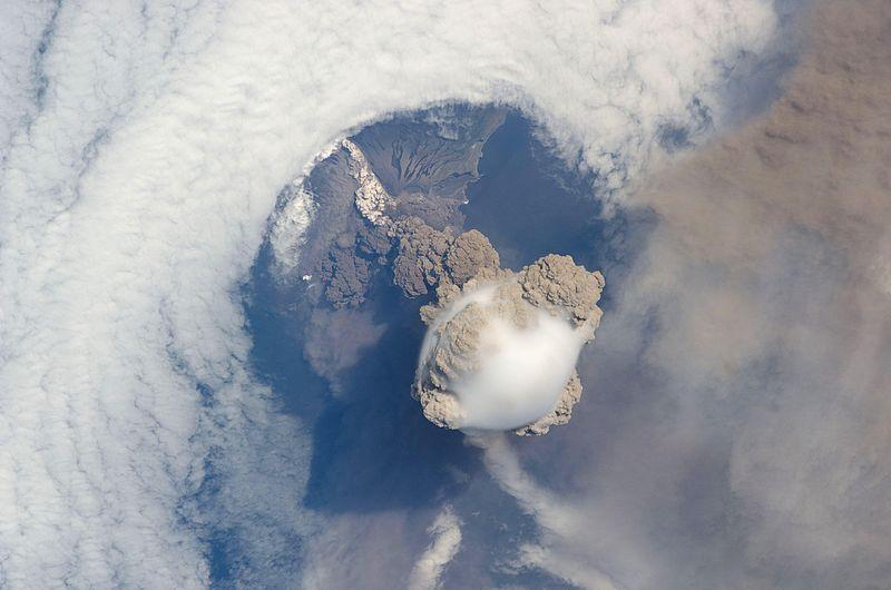Sarychev Volcano.jpg