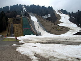 de schansen van Garmisch-Partenkirchen in april 2008