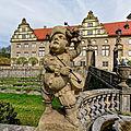 Schloss Weikersheim, Zwergengalerie im Schlossgarten. 01.jpg