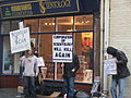 Scientology protests March2008 59.jpg