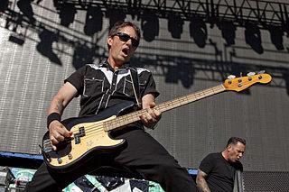 Scott Shiflett American rock musician; bassist