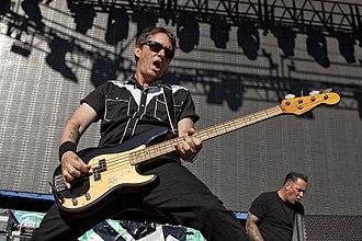 Scott Shiflett - Image: Scott Shiflett performing KROQ Weenie Roast Verizon Wireless Amphitheatre Irvine, CA 2011