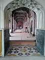 Shahi Mosque prayer hall.jpg