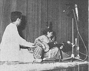 Sharan Rani Backliwal - Sharan Rani playing the Sarod at a concert in Tehran