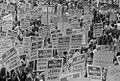 Signs carried by many marchers 37245v.jpg