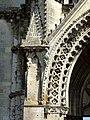 Soissons (02), abbaye Saint-Jean-des-Vignes, abbatiale, façade occidentale, portail du bas-côté nord, retombée de l'archivolte côté gauche.jpg