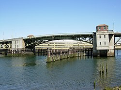 South Park Bridge in Seattle.jpg