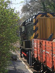 Staverton - D3721 and pipe wagon.JPG