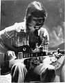Steve Hackett 18 Dec 1974 Buffalo, New York.jpg