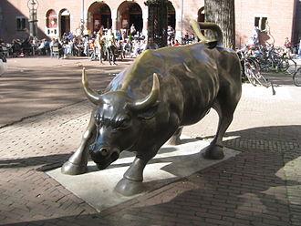 Beurs van Berlage - Charging Bull on Beursplein in Amsterdam.