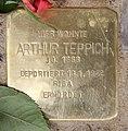 Stolperstein Holsteinische Str 57 (Wilmd) Arthur Teppich.jpg