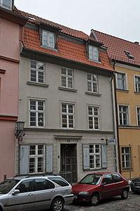 Stralsund, Fährstraße 27 (2012-03-11) 1, by Klugschnacker in Wikipedia.jpg