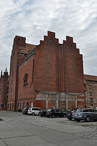 Stralsund, Hafenstraße 6 7, Silo IV (2012-03-04), by Klugschnacker in Wikipedia.jpg