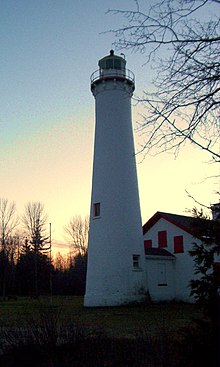 Sturgeon Point Light - Michigan - 2003.11.jpg