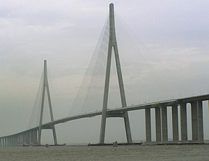 Sutong Yangtze River Bridge - Image: Sutong Bridge 2