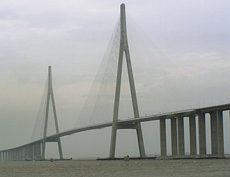 Sutong Yangtze River Bridge - Image: Sutong Bridge 2