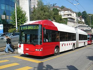 Trolleybuses in Fribourg - Dual-mode bus 519 in service on line 2, 2006.