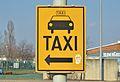 Taxi sign, Inzersdorf.jpg