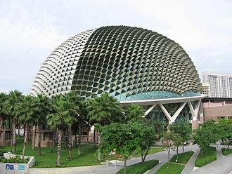 Esplanade – Theatres on the Bay - Aluminium sunshades ornament the roof of the Esplanade.
